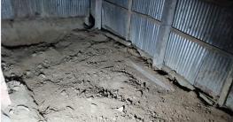 কুষ্টিয়ায় রান্না ঘর থেকে গৃহবধূর মাটিচাপা মরদেহ উদ্ধার