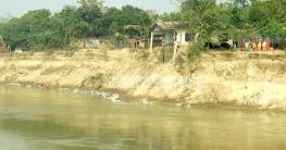 খোকসায় তীব্র হচ্ছে গড়াই নদীর ভাঙন