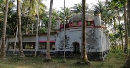 ইতিহাস ও ঐতিহ্যের সাক্ষী চুয়াডাঙ্গার ঘোলদাড়ী মসজিদ