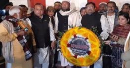 দৌলতপুরে ভাষা শহীদদের প্রতি শ্রদ্ধা জানালেন এমপি সরওয়ার