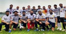 ফুটবল নিয়ে ব্যস্ত সাকিব আল হাসান